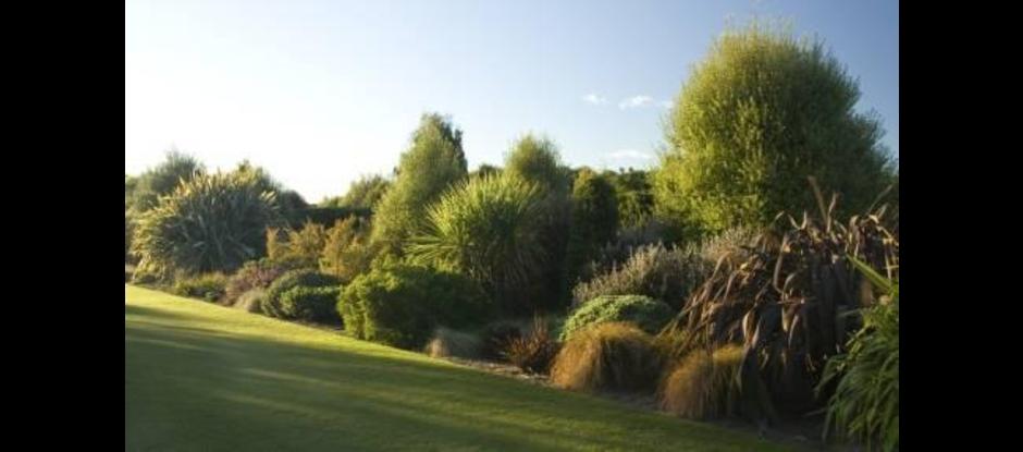 Nz gardens trust christchurch canterbury for Evergreen landscapes christchurch